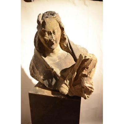 Vierge à l'Enfant.Pierre calcaire.Epoque gothique.