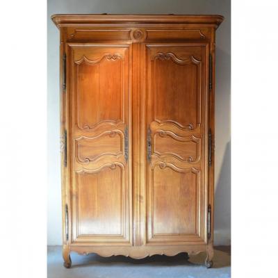 Grande armoire Louis XV.