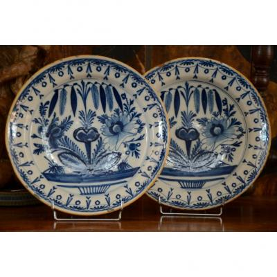 Pair Of Dishes. Delft. Eighteenth Century.