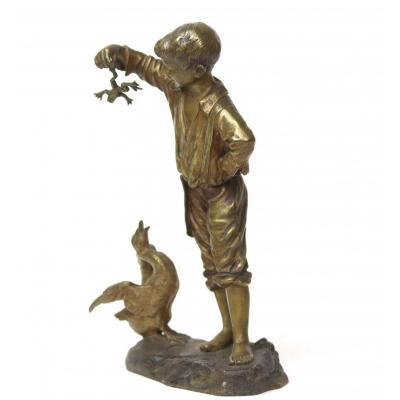 """Sujet en bronze """" Jeune garçon à la grenouille et oie"""" par Désiré Grisard"""
