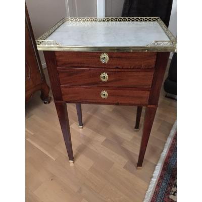 Pretty Little Furniture Entre-deux