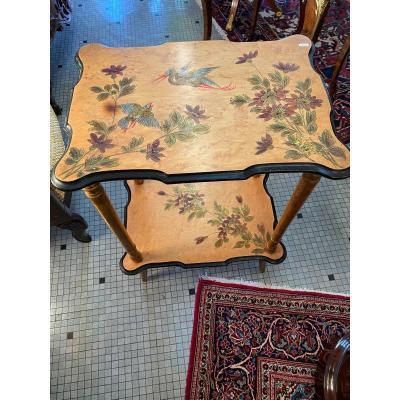 Belle Petite Table Peinte