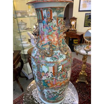 Très Beau Vase en canton Chine