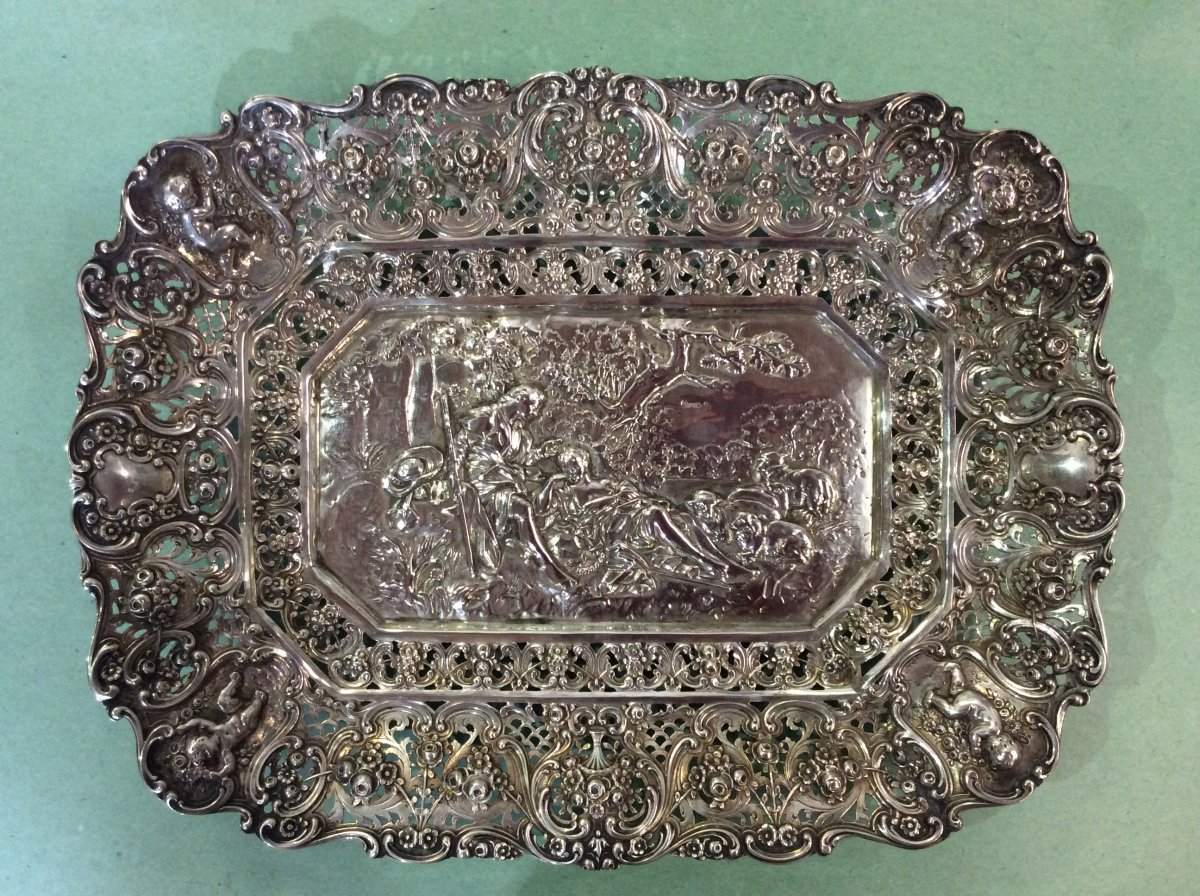 Flat In Sterling Silver With Rich Pastoral Scene Decor And Cherubs