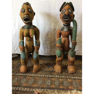 Couple De Statues Bamiléké Du Cameroun