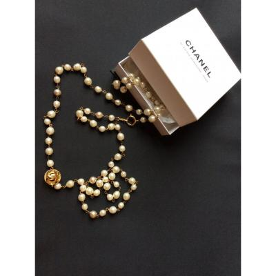 Chanel Pearls And Golden Metal Long Necklace