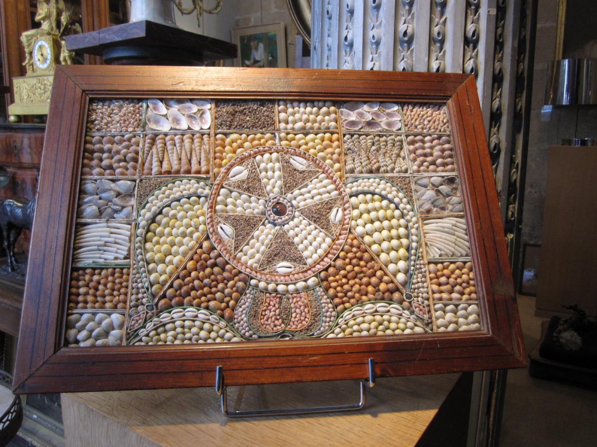 Tabeau En Mosaique De Coquillages , travail Guérandais.
