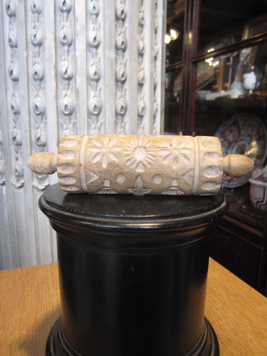 Two-handle Cylindrical Wood Butter Roller.