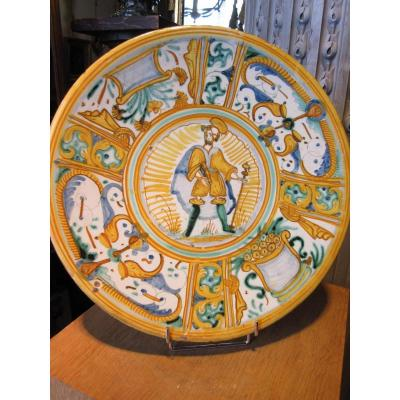 Round Plate In Earthenware Deruta Polycrome To Decor Of A Saint Probably Saint Paul.