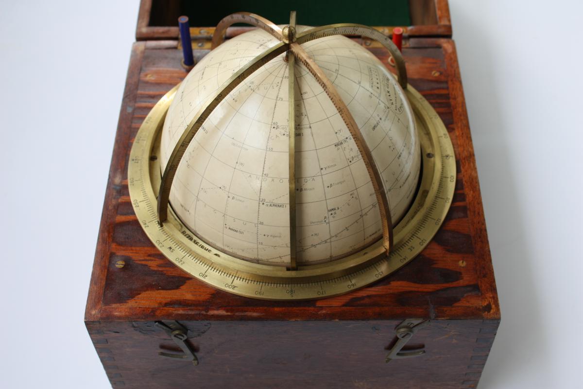 Globe Celeste Dit Tête De Veau Kelvin And Hugues 1875