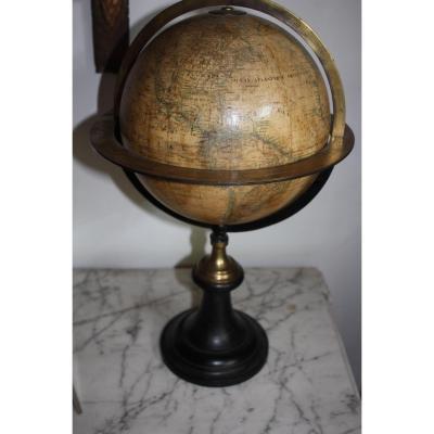 Globe Terrestre Par Delamarche  Daté 1870