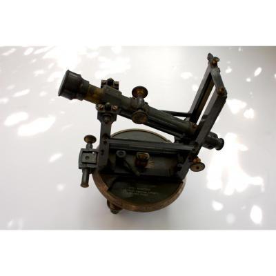 Instrument De Géomètre  Tachéomètre Auto-réducteur