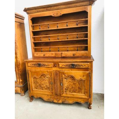 Louis XV Dresser