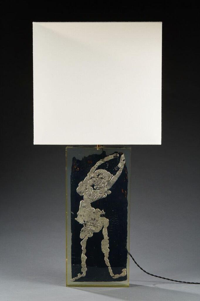 Lampe à poser,plexiglass, Bois Et Plomb, Circa 1970.