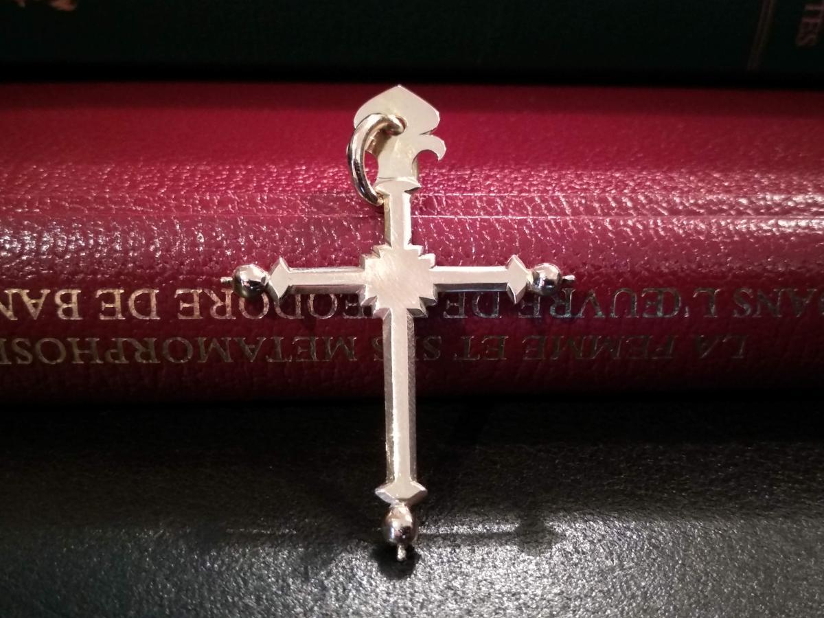 Croix De Jeannette En Or
