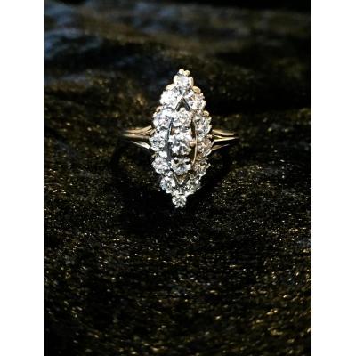 Bague Marquise, Pavée De 15 Diamants.