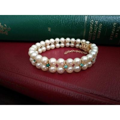 Gold Bracelet Composed Of Cultured Pearls And Turquoises
