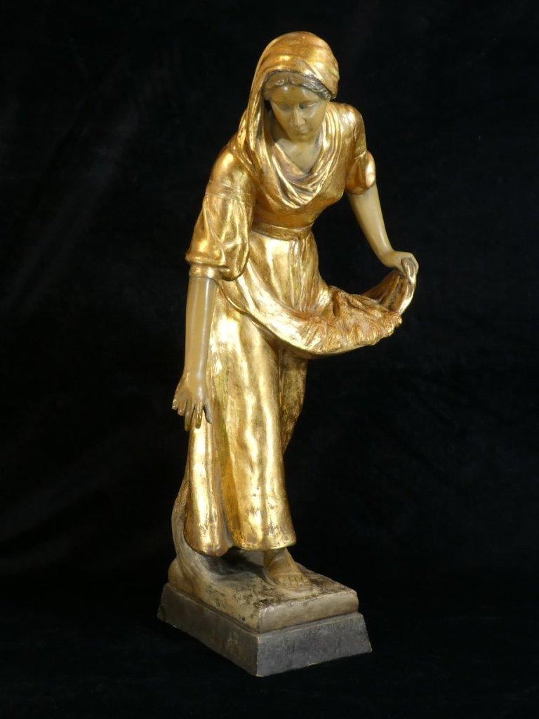 Large  Terracotta Statue Goldscheider `` Gleaner '' Golden Patina