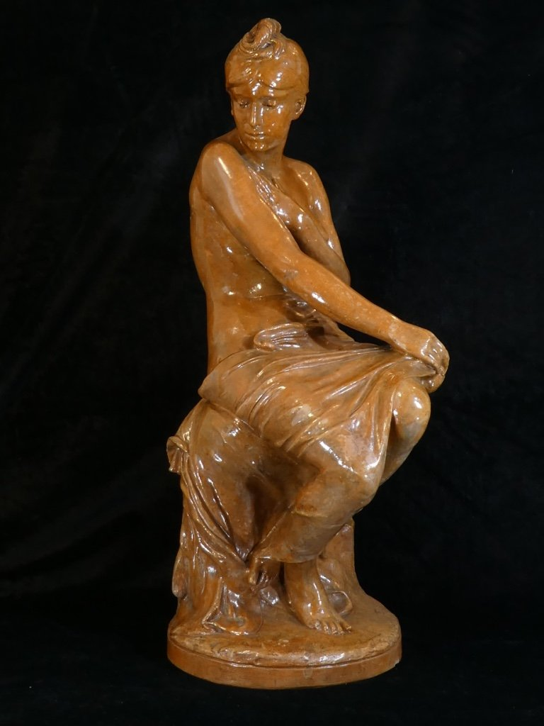 Statue Young Woman In Terracotta `` The Bather ''