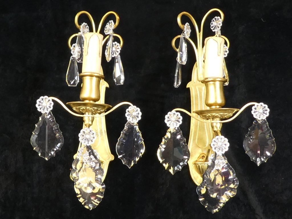 Beautiful Pair Of Gilt Bronze Sconces With Tassels