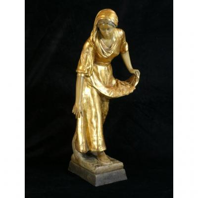 Grande Statue Terre Cuite Goldscheider '' Glaneuse '' Patine Doré