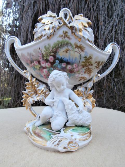 Coupe En Porcelaine