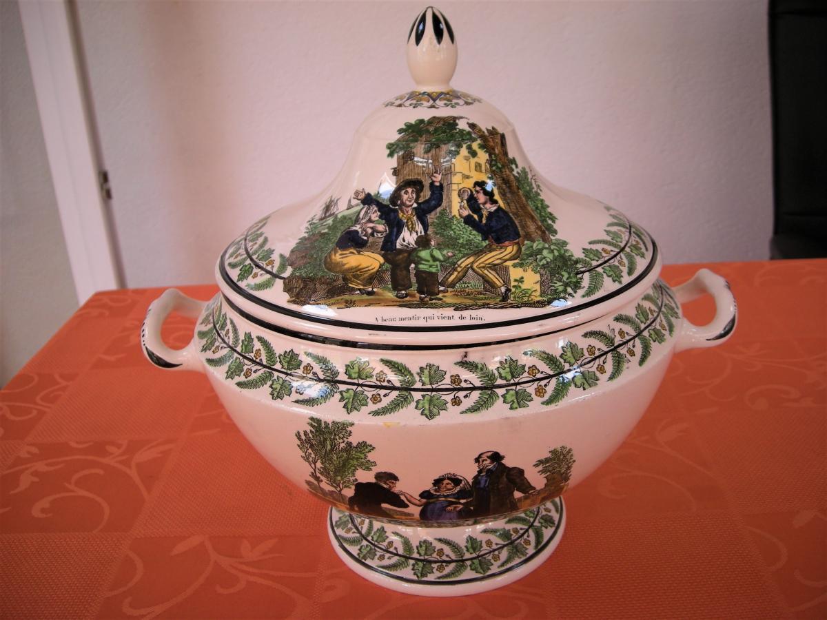 Soupiere  En  Faience  Polychrome  Vers  1820  Signee  Montereau