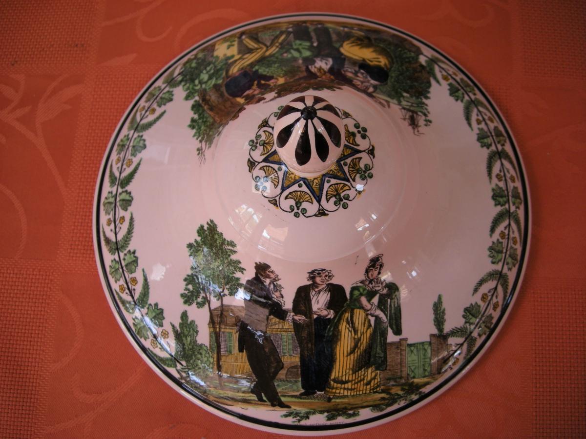 Soupiere  En  Faience  Polychrome  Vers  1820  Signee  Montereau-photo-1