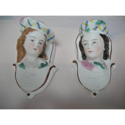 Deux  Pyrogenes  En  Biscuit  XIXème  Signes  L M Et Cie  Creil Et Montereau