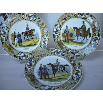 """""""uniforms Of The National Guard"""" Plates Signed Creil"""