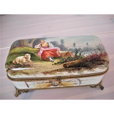 Boite  A  Bijoux  En  Faience  1867  Signee  Montereau