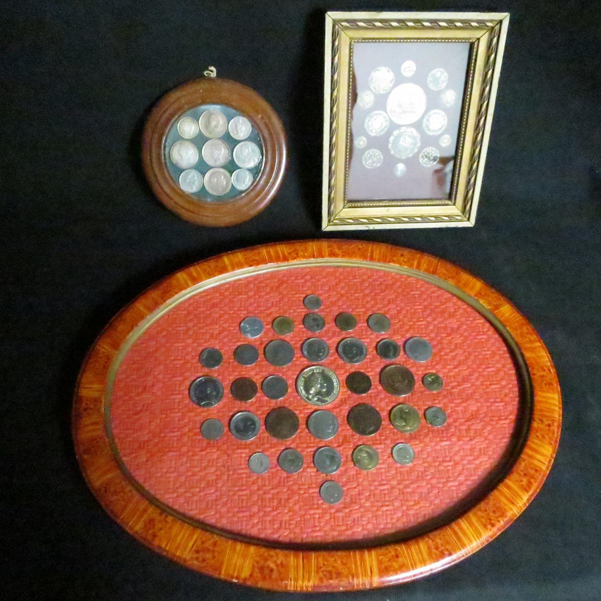 3 encadrements / tableaux de pièces de monnaie et boutons anciens curiosité de pieces