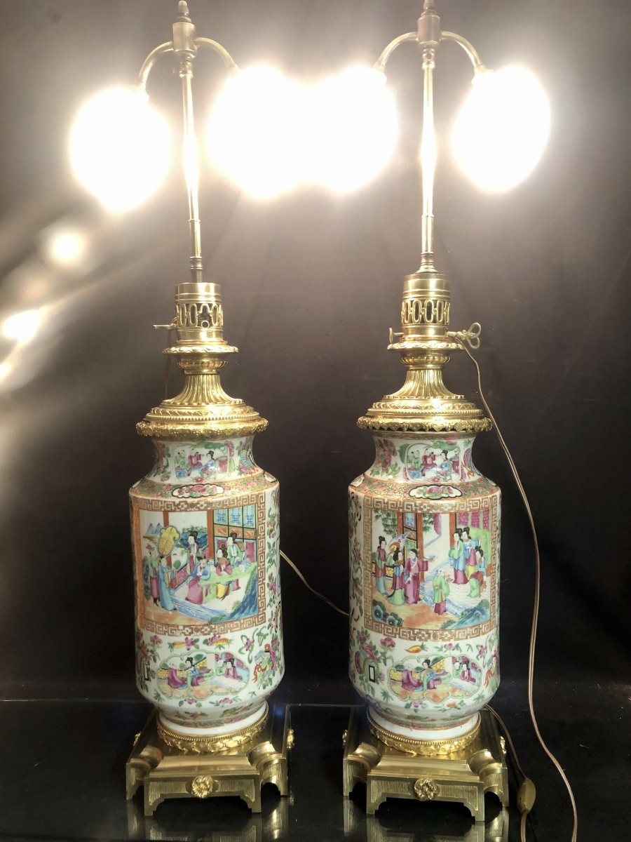 Canton China XIXth Large Pair Of Lamps 90 Cm Maxi Porcelain And Bronze In Very Good Condition