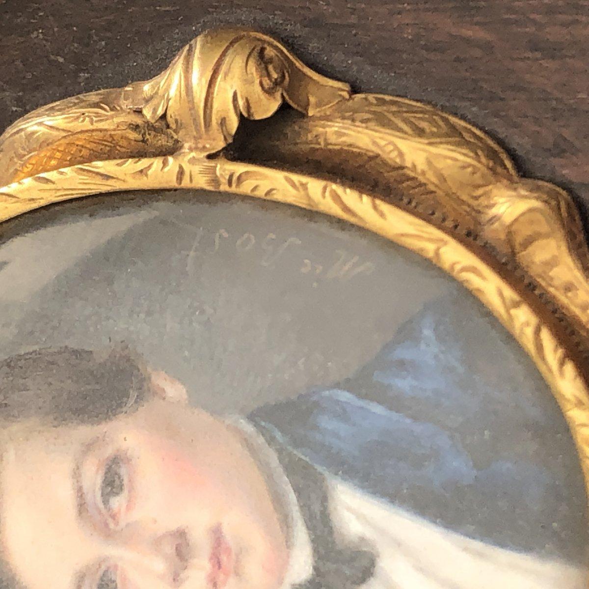 Mélanie BOST 1810- Miniature sur nacre sertie d' or dans un cadre en palissandre JEUNE GARÇON-photo-2