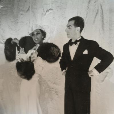 PHOTOGRAPHIE argentique JOSEPHINE BAKER et ORBAL photo music hall /3