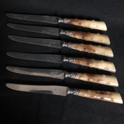 6 Knives With Silver Blades And Horn Handles In Very Good Condition