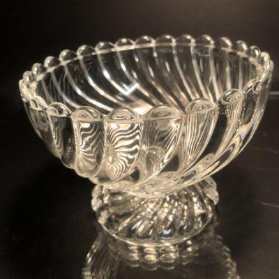 CRISTALLERIE DE BACCARAT vide poche / petite coupe en cristal signé vers 1930 en très bon état