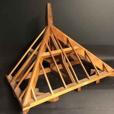 Grande maquette de charpente en bois Sculpture de compagnon maîtrise 60,3 cm