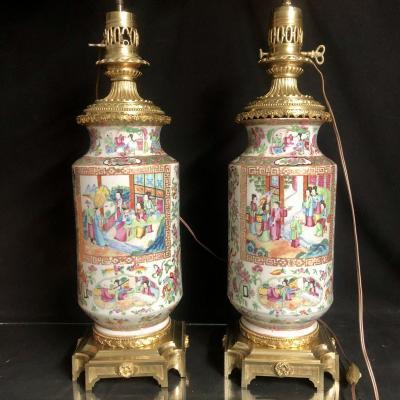 CANTON Chine XIXe GRANDE PAIRE DE LAMPES 90 cm maxi porcelaine et bronze En très bon état