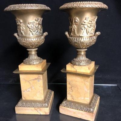GRANDE PAIRE DE CASSOLETTES XIXe  Vases Medicis bronze doré et marbre de Sienne Bacchus vin