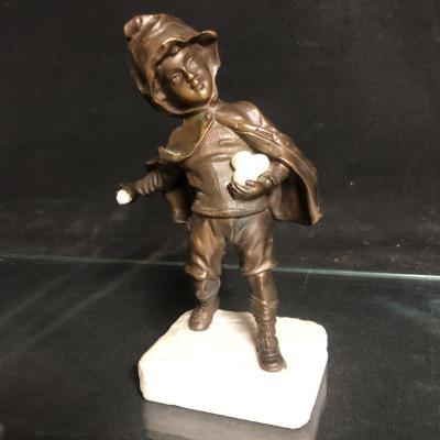 RARE sculpture bronze et marbre : JEU DE BOULE DE NEIGE  joueur de  boules en hiver