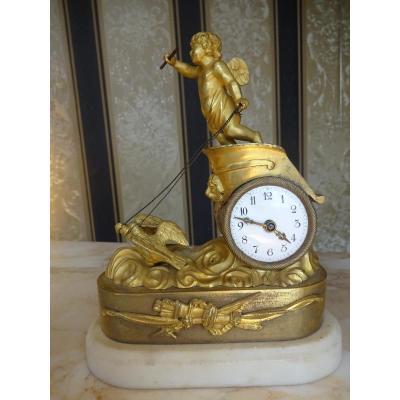 Pendule Au Char En Bronze Dore De Style Louis XVI