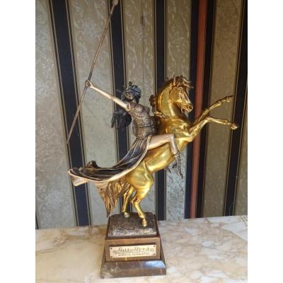 Bronze Art Deco Amazone Walkyrie Louis Chalon