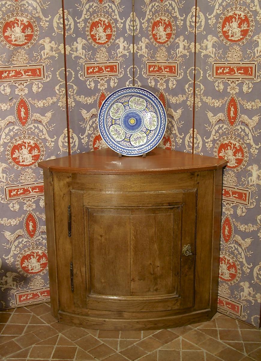 Paire d'Encoignures De Style Louis XVI Avec Portes d'Epoque