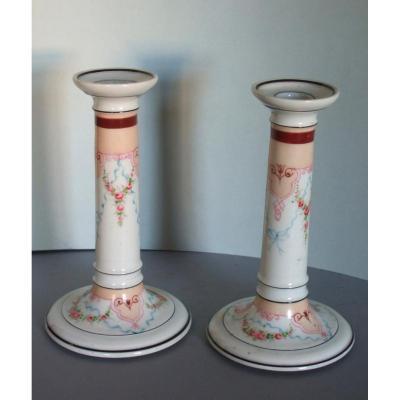 Paire De Bougeoirs 19è En Porcelaine