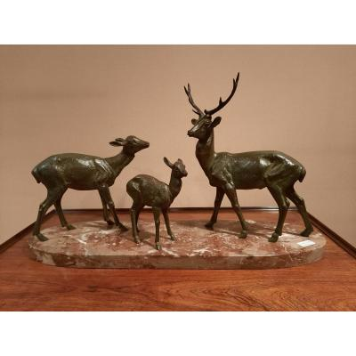 Spelter Sculpture Representing A Deer, A Fawn And A Doe, Signed Sme Leducq.