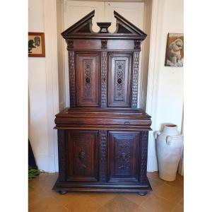 Cabinet De Style Renaissance