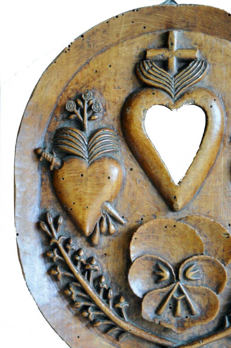 Présent D'amour Ou Reliquaire.  Médaillon Ovale Monoxyle En Hêtre Sculpté. XIX° Siècle. -photo-4