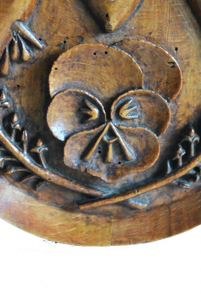 Présent D'amour Ou Reliquaire.  Médaillon Ovale Monoxyle En Hêtre Sculpté. XIX° Siècle. -photo-1