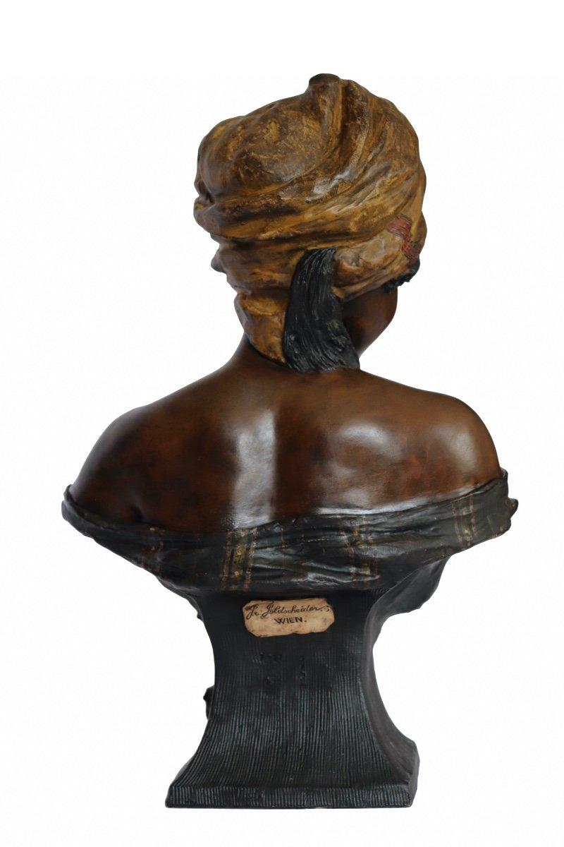 La négresse au papillon. Sculpteur T du Piémont. Edition Friedrich Golscheider. Circa 1893. H 48 cm-photo-2